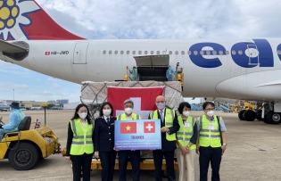 switzerland supports vietnams covid 19 fight with tonnes of medical equipment