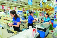 manufacturers retailers cooperate to increase sales