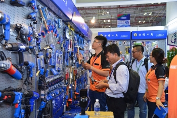 upcoming hardware expo much more than just screwdrivers