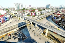 hanoi spotlights achievements seeks help to fix flaws