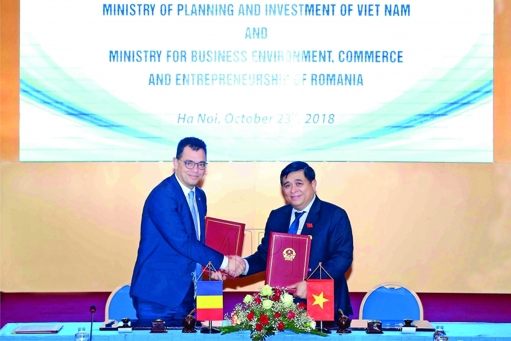vietnam seeks to draw romanian capital