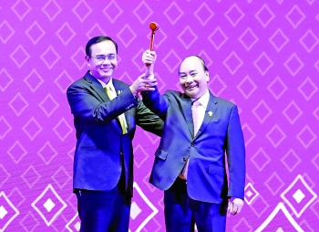 vietnam assumes asean chair
