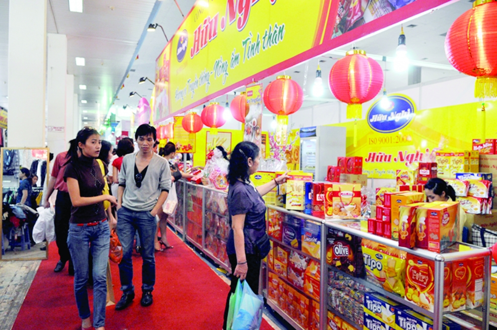 the push is on in hanoi to sell vietnamese goods