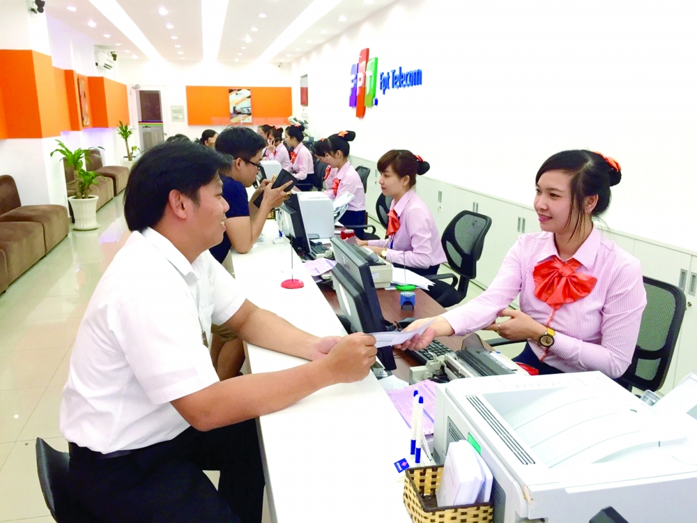japan calls for vietnamese investment offers free help