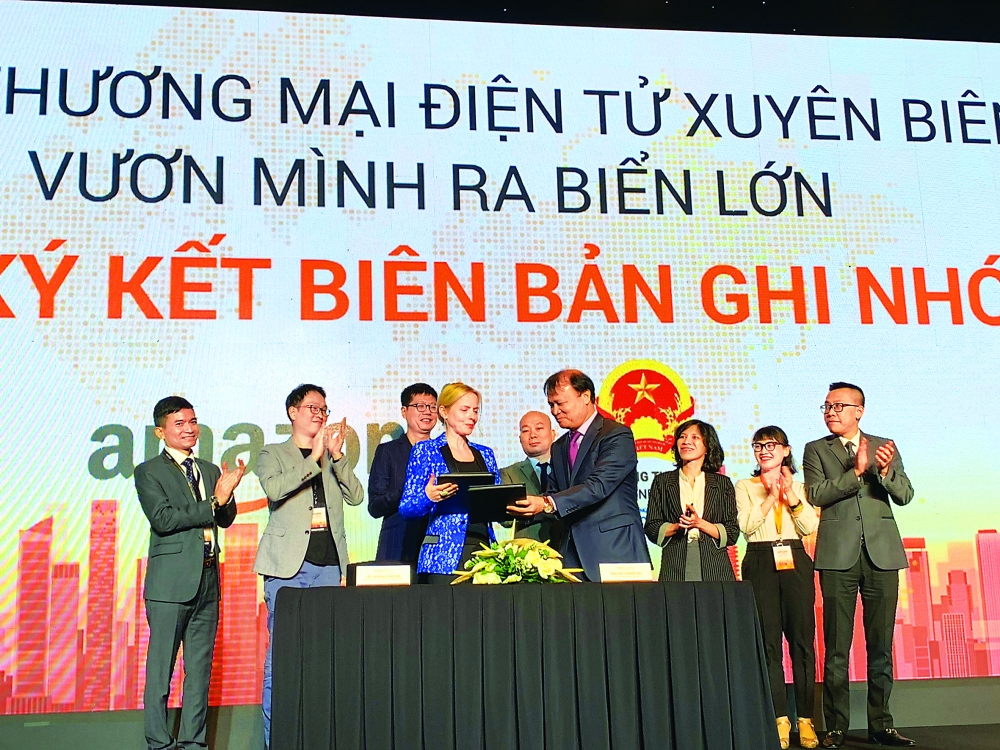 cross border e commerce brings vietnamese goods to the world