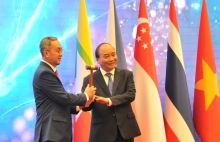 vietnam reaffirms leadership role as asean chair amid pandemic