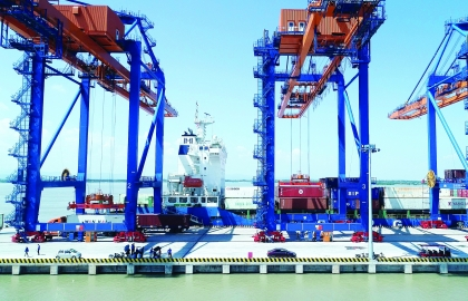 vietnams growing trade deficit is actually good news economists say