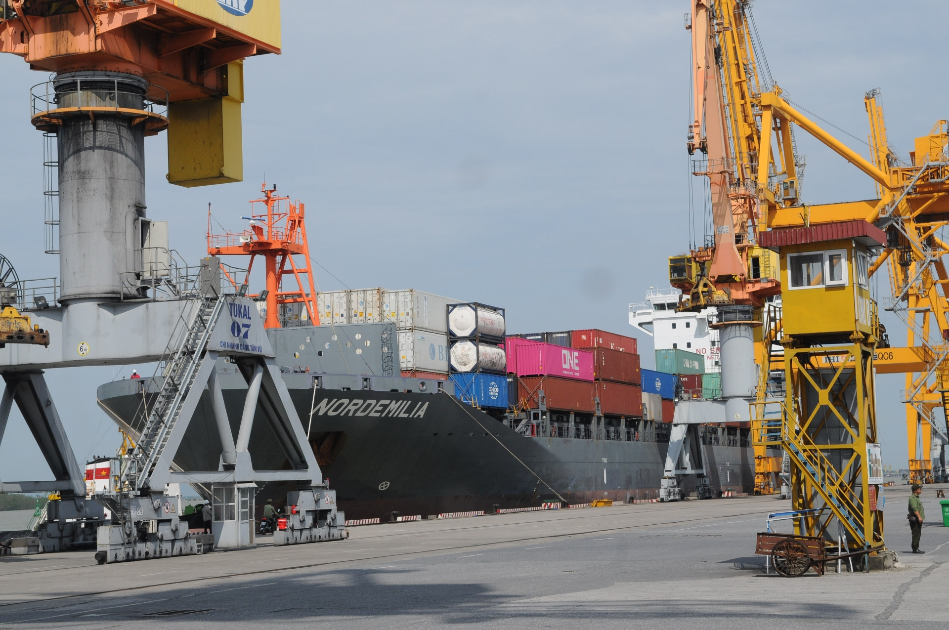 foreign trade expected to prosper in second half of 2021
