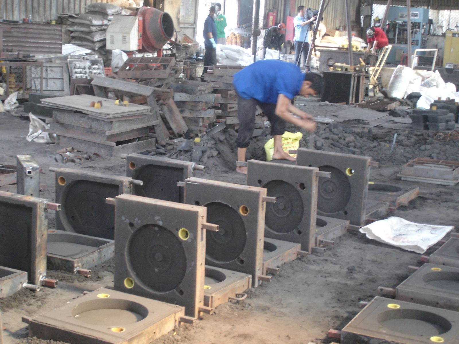 industry promotion boosts production export