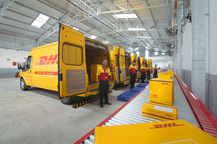 dhl express wins hr awards in vietnam