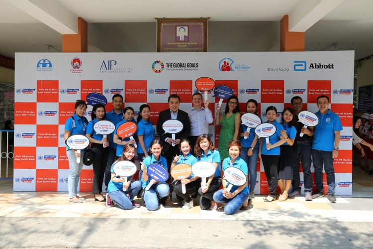 helmets for families program engages medical experts to enhance its school and family based interventions