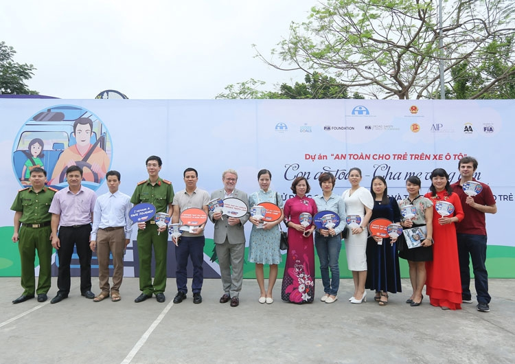 aa vietnam and aip foundation bring child car safety training to parents in hanoi