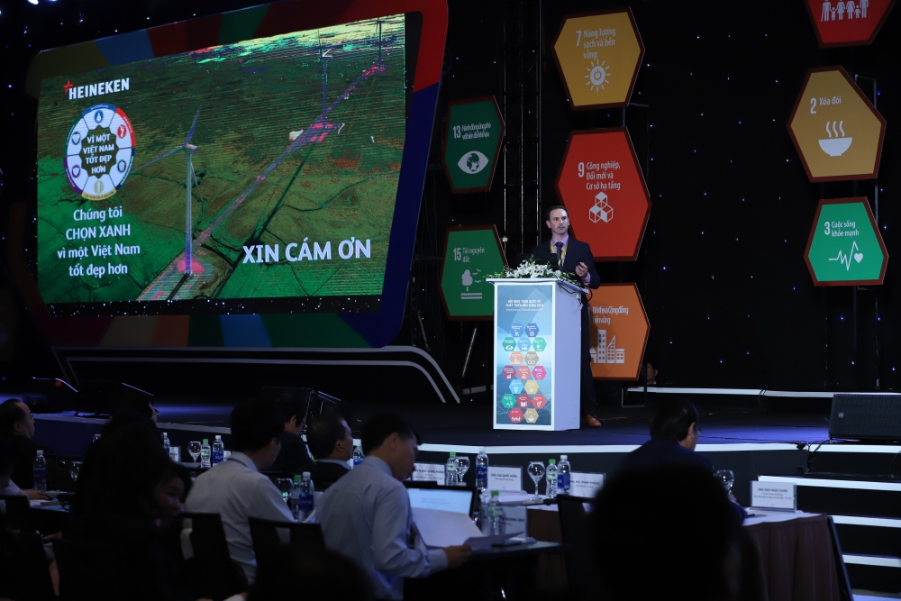 heineken vietnam promotes business community to develope sustainably