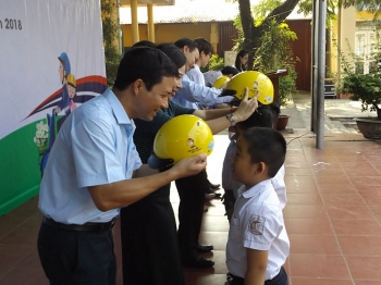 helmets for kids celebrates 7 years of implementation holds kick off ceremony in thai nguyen province