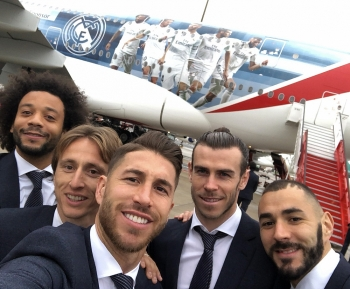 emirates go big with airplane covered with 5 real madrid footballers
