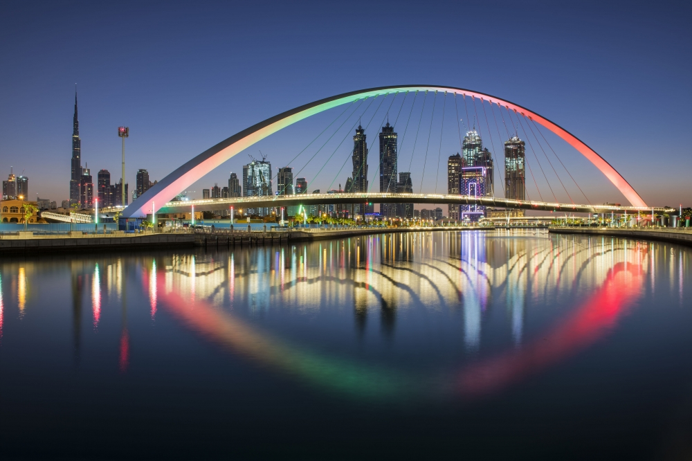 emirates to offer complimentary hotel accommodation and free tourist visas for travellers to dubai
