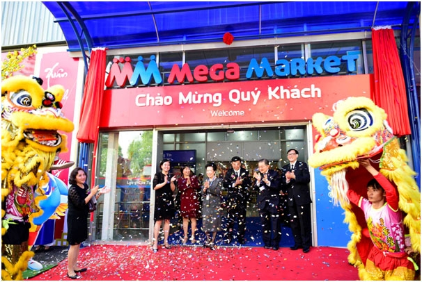 tcc group unveils mm mega market brand name in vietnam