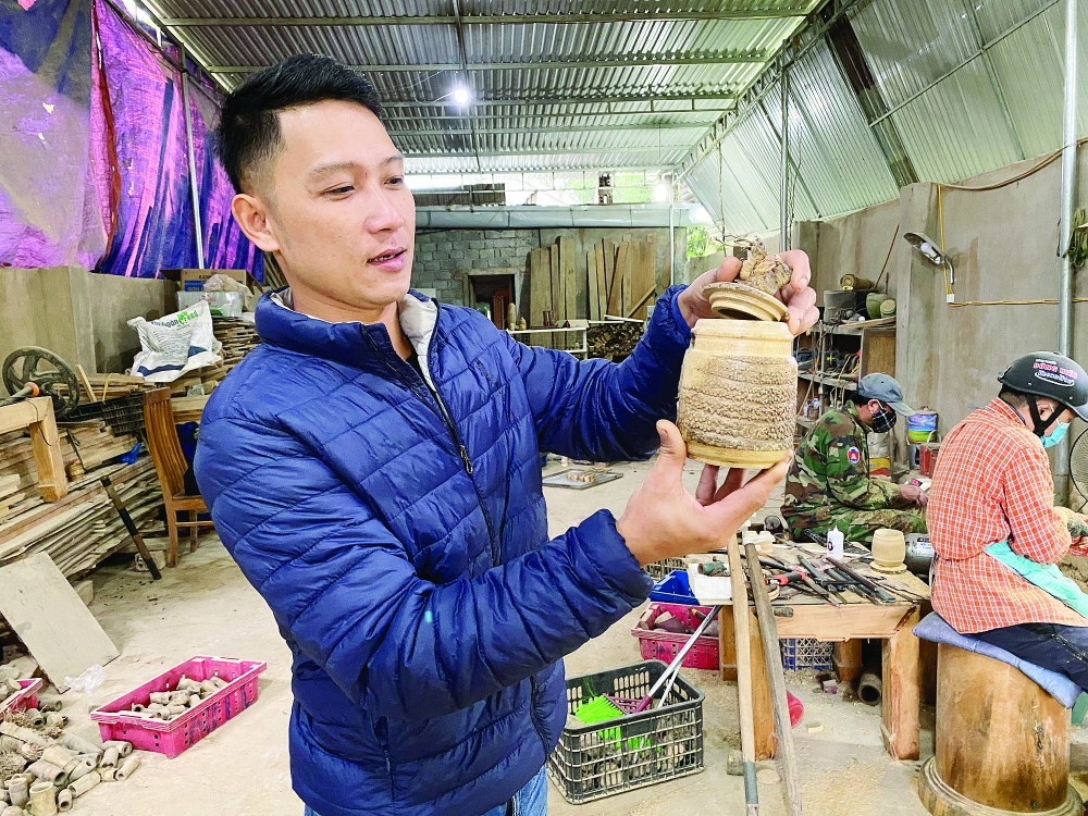 the bamboo maker from nghe an province