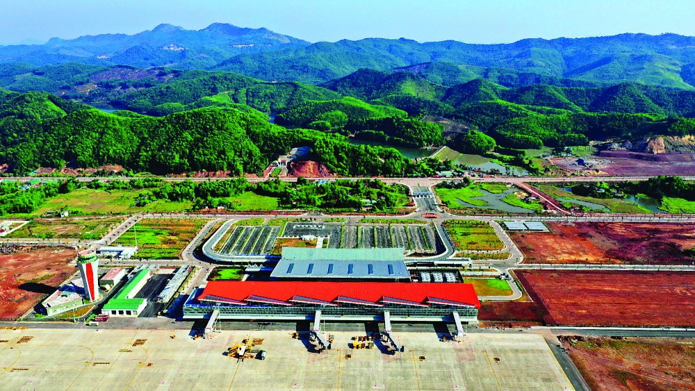 new airport serves world famous ha long bay