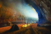 unique son doong cave boosts adventure tourism