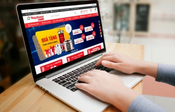 pandemic e commerce defies boom expectations