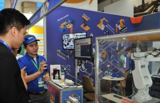 foreign trade pacts make vietnam more attractive to investors
