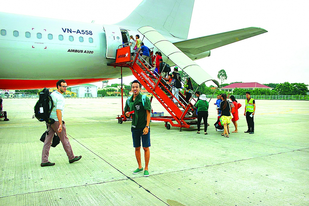 charter flights take off in vietnam