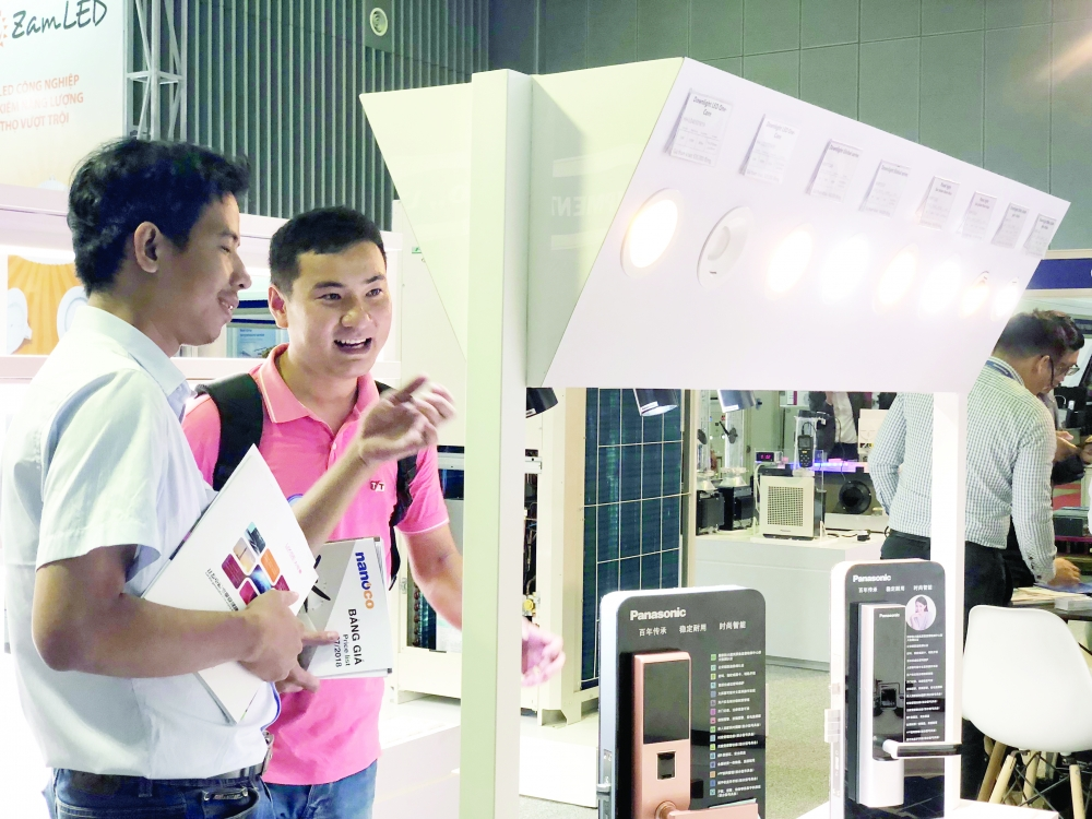 hcmc red tape hinders investment in sci tech rd
