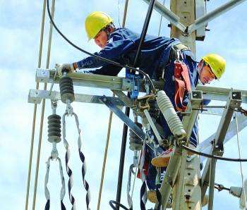 evn hcmc reduces power outage duration