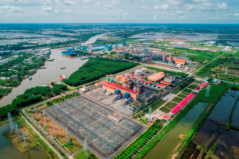 petrovietnam celebrates 45th anniversary with giant gas find