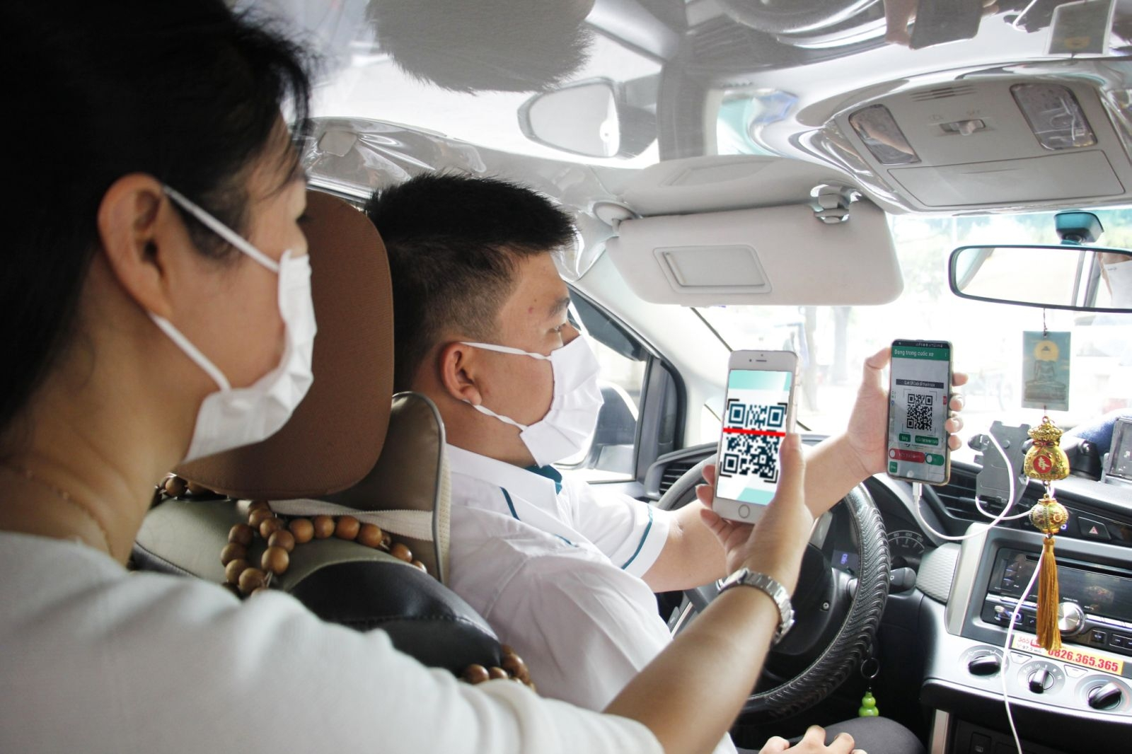 cashless payments boom in vietnam but cash economy still too high