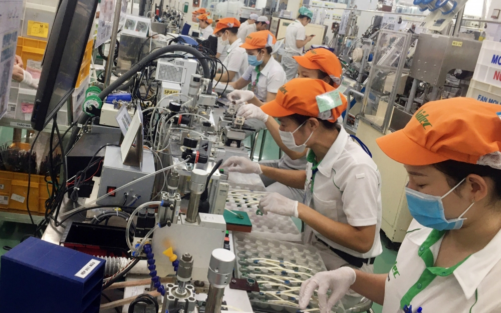 vietnam labor market shows early signs of recovery