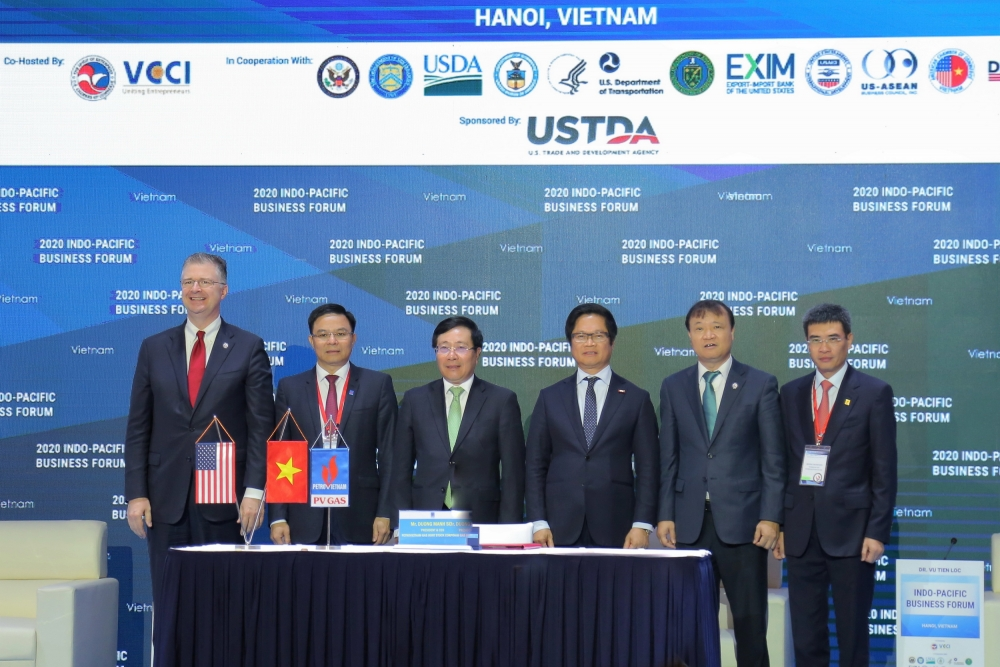 pv gas aes corporation sign lng terminal deal