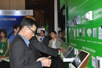 industry 40 a double edged sword of opportunity and risk for vietnam