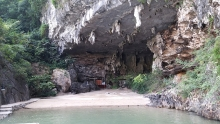 trinh nu grotto where romance meets geology