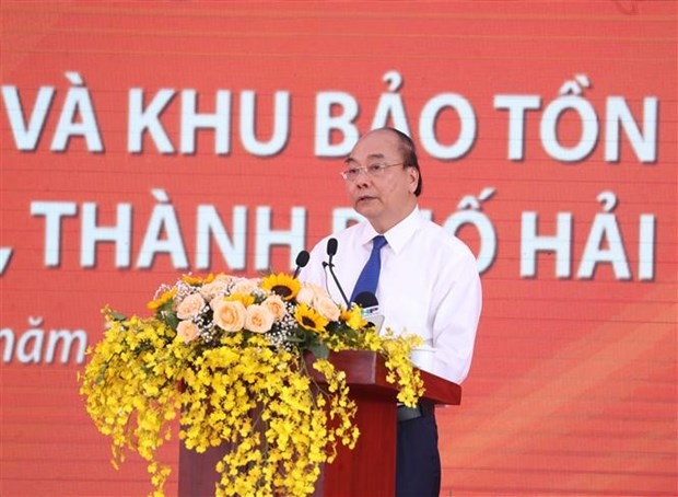 pm phuc attends launching ceremony to protect to preserve historical relic