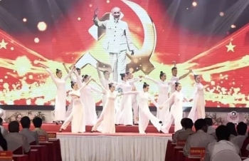 nghe an marks 130th birthday anniversary of president ho chi minh