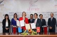 vietnam and new zealand strengthen financial co operation