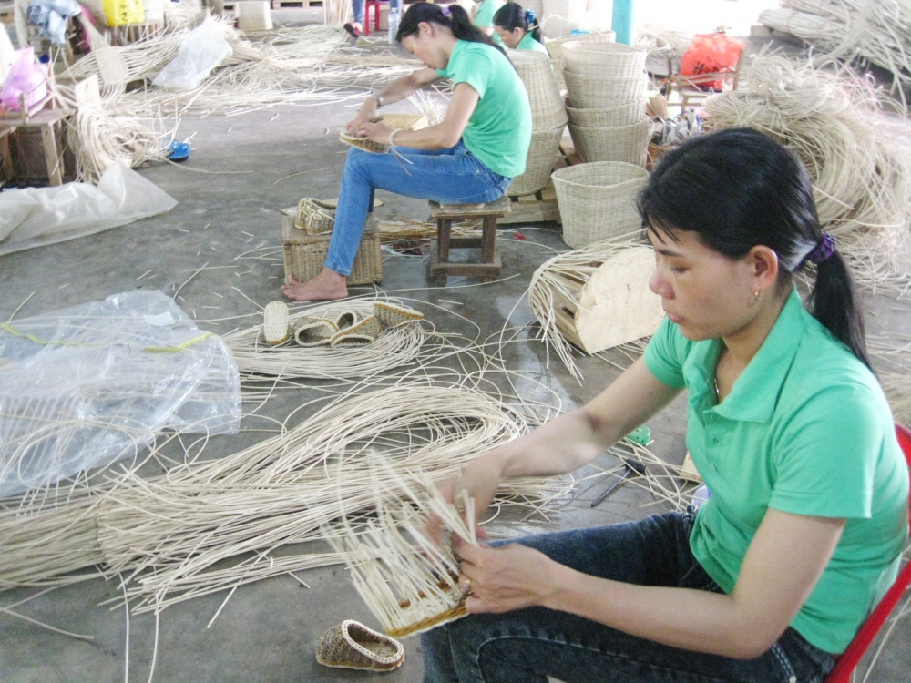 ha tinh province opens windows of opportunity for rural industries