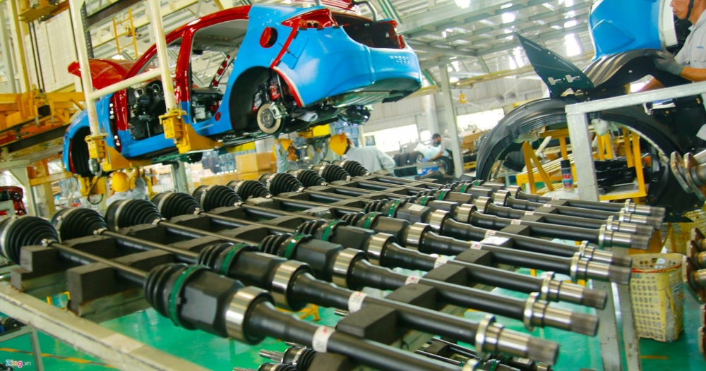 vietnamese auto makers import 80 percent of parts they need
