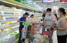 retail sector keeps up with shifting consumer trends