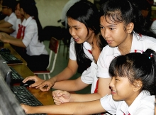 108000 disadvantaged students improve their studying by accessing to ict and computer science program