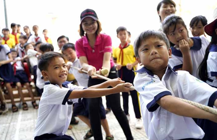 chubb organizes its regional day of service in vietnam