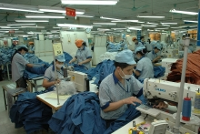 strong q1 economic growth driven by production and exports