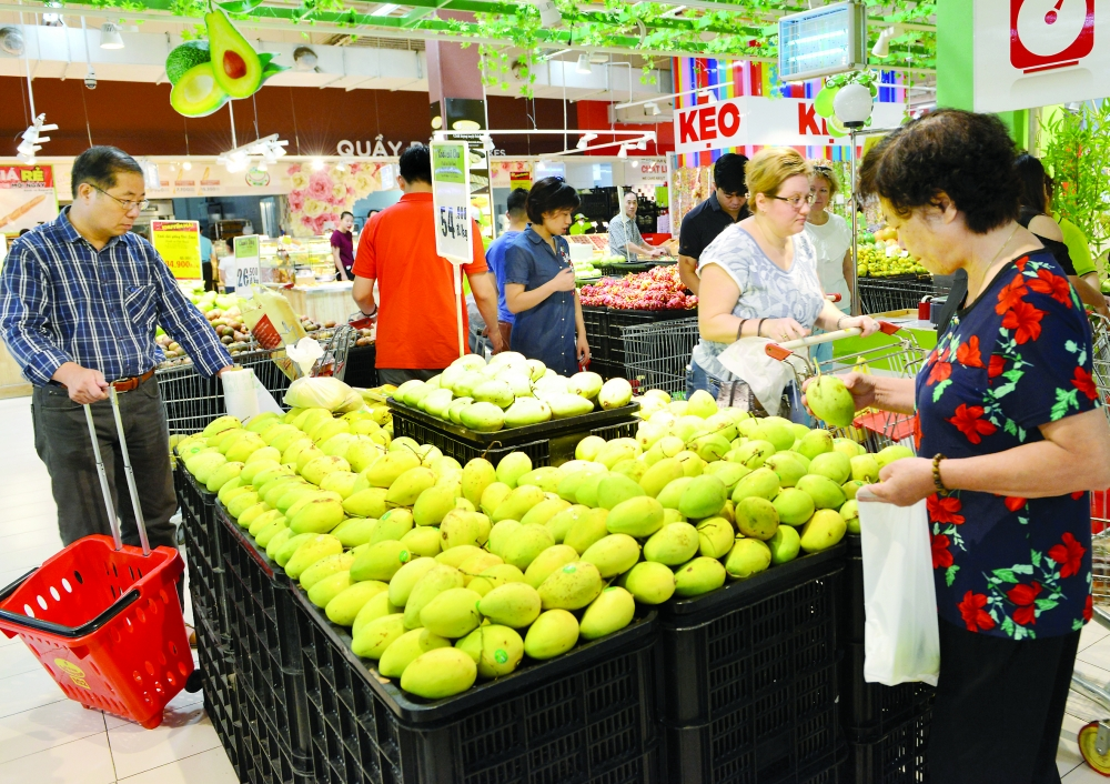 vietnam records growing trade surplus