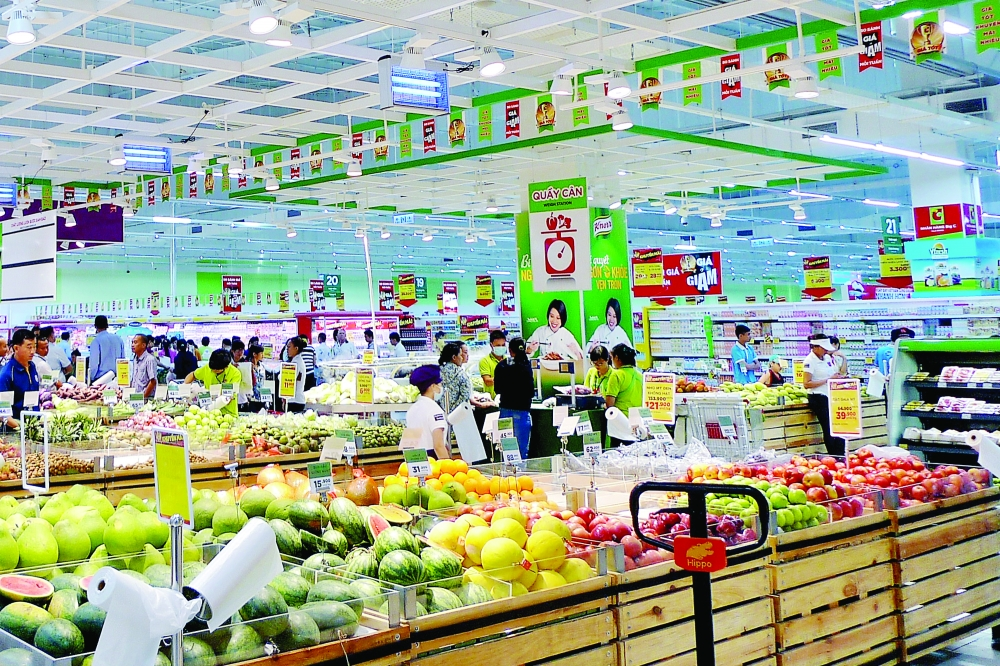 retail thrives but is hobbled by lagging distribution sector