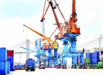 officials warn of choppy waters ahead for exporters