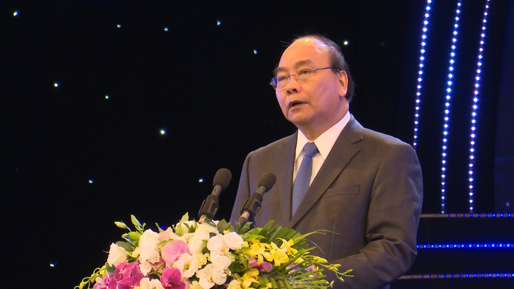 pm urges more high tech foreign investment promises better incentives