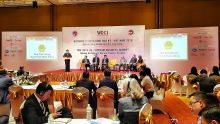 us vietnam pledge to achieve balanced trade