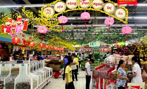 Agencies, localities gear up to ensure a joyous Tet nationwide